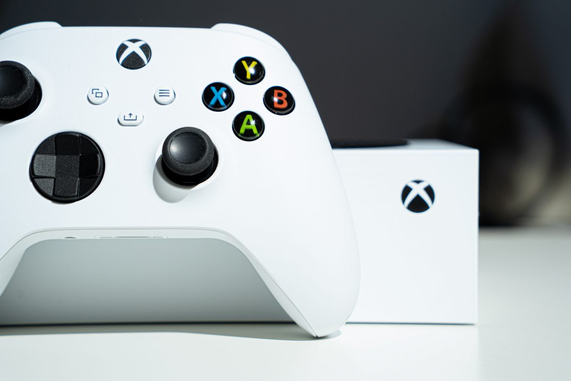 Indeed, Microsoft Is Genuinely Making Xbox Smaller than normal Ice chests