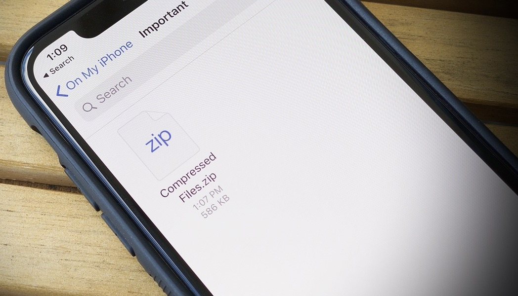 Instructions to Make a ZIP File on an iPhone or iPad
